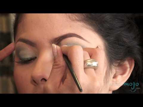 Festive Makeup for Cinco de Mayo