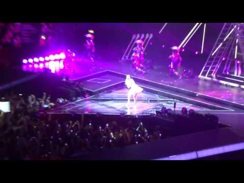 Katy Perry - Prismatic World Tour - Roar (Opening Scene)
