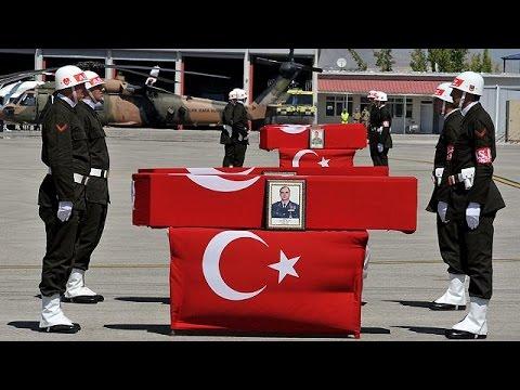 Δεκατέσσερις Τούρκοι αστυνομικοί νεκροί σε ενέδρα του PKK