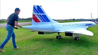 GIGANTIC !! 149 KG RC CONCORDE LARGEST TURBINE MODEL JET IN SCALE 1:6 FLIGHT WITH THE RED ARROW TEAM