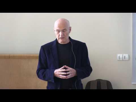 Urolog dělá masáž prostaty instruktážním videu
