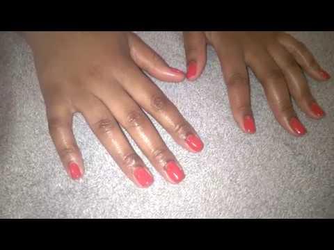 Comme guérir le microorganisme végétal des ongles sur les pieds domestosom