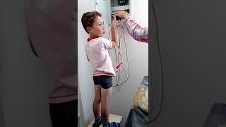Будущий электрик.