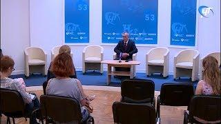 Представитель Правительства рассказал о строительстве дошкольных учреждений и кадровых вопросах