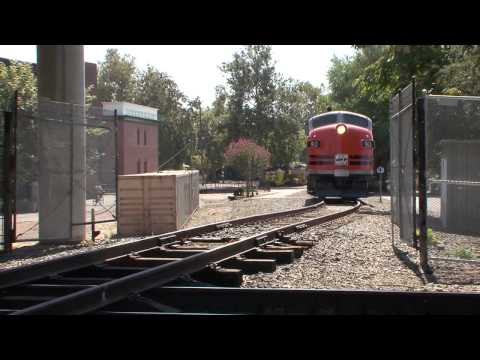 The Most Amazing Railroad Video, This is a Must See. F-unit Crosses the Union Pacific Main Line