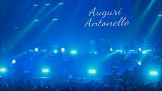 Antonello Venditti - Sotto il segno dei pesci (con coro del pubblico e auguri)