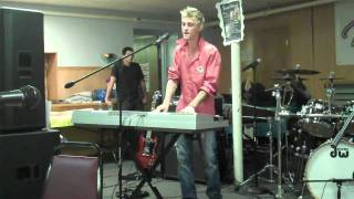 "Aaron Carter ""Outstanding"" (acoustic GapBand cover)"