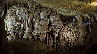Грузия. Кутаиси, пещера Прометея