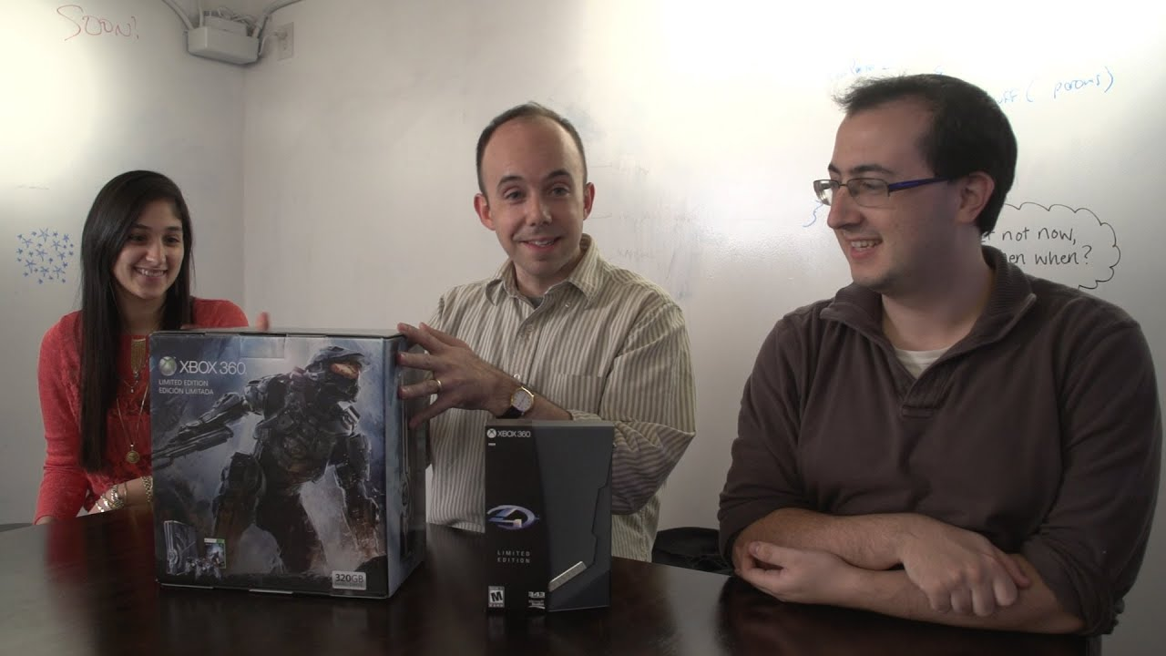 We Just Unboxed $500 Worth Of Halo 4 Stuff To Help You Decide If It's Worth It