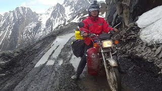 One of the Poorest Regions in China, 4900 Meters Above Sea Level is too Difficult to Reach,