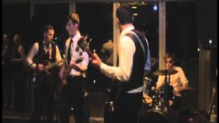 The Strangers - Counting the Beat ( The Swingers Cover )
