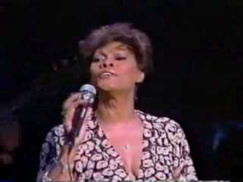 Dionne Warwick - Yours (live)