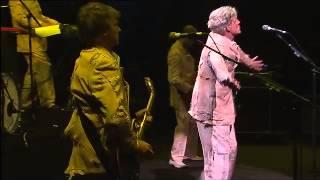 Enz Dirty Creature Live MCG 2009