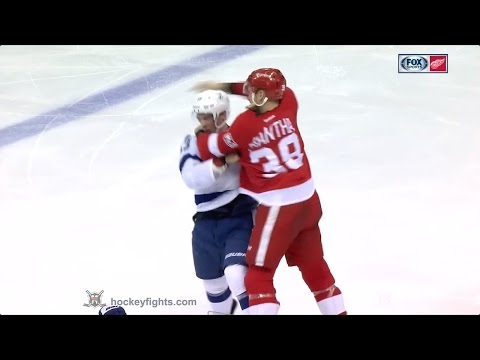 Anthony Mantha vs. Greg McKegg