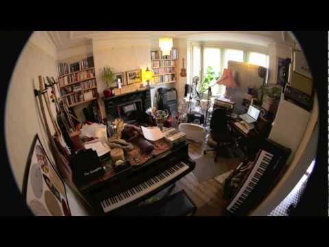 Richard Lobb - I Just Wanna Go Somewhere