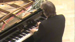 Barry Douglas plays Debussy Prelude (Pour le piano)