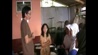 preview picture of video 'PENELITIAN TAHU BULAT KIR SMAN 1 CIAMIS-2011.flv'