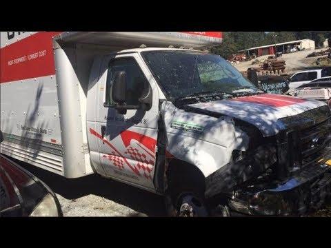 U-Haul crashes into packed Waffle House, drivers bolt