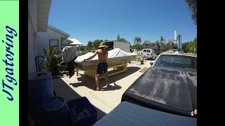 How to get your boat off your trailer for repair! The safe way...