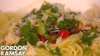 Finishing crab pasta with Amanda Holden - Gordon Ramsay