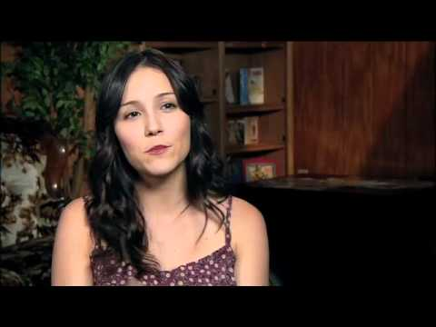 Shannon Woodward Interview