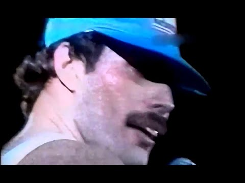 12. Queen - Fat Bottomed Girl (Buenos Aires 3/1/1981)