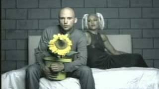 Moby ft. Gwen Stefani - Southside (2000)