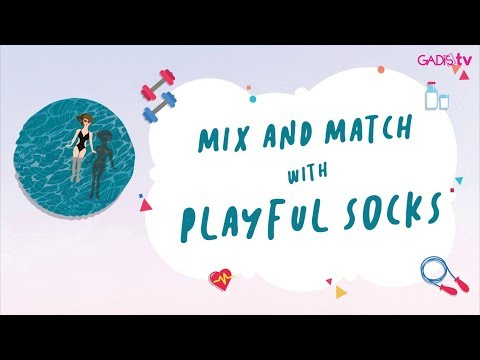 Fashion Tutorial: Mix and Match with Playful Socks