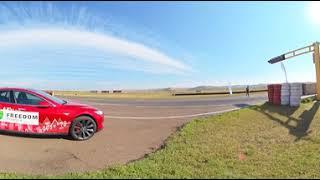 Tesla Model S - Обзор в 360 градусов (5K 360 VR video)