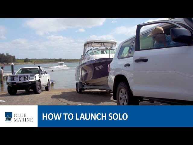 How to launch a boat solo with Alistair McGlashan | Club Marine