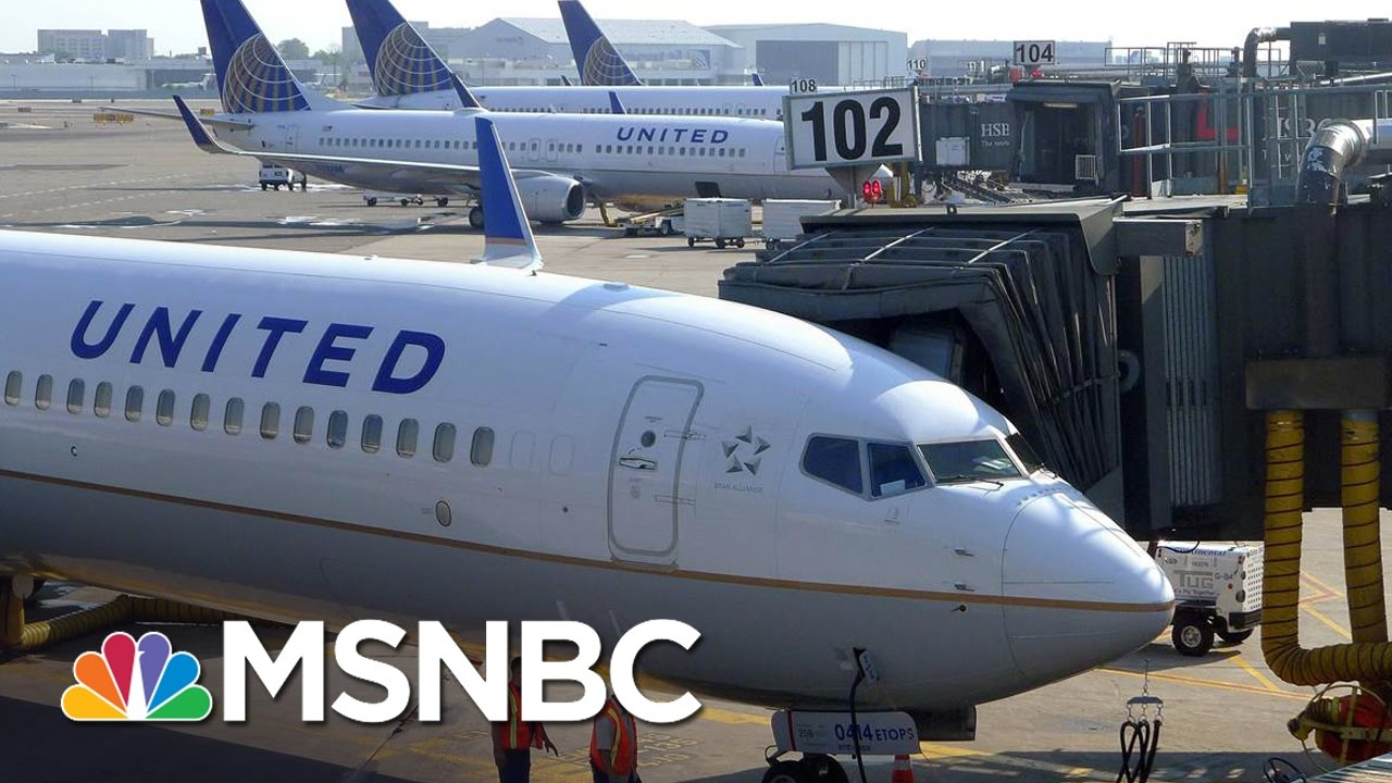 Settlement Reached Between United And Dragged Passenger David Dao | MSNBC thumbnail