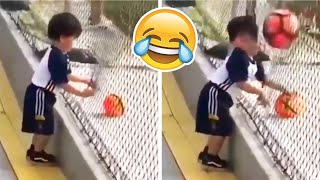 COMEDY FOOTBALL & FUNNIEST FAILS #3 (TRY NOT TO LAUGH)