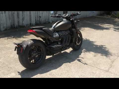 2022 Triumph Rocket 3 R Black in Charleston, South Carolina - Video 1