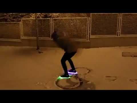 Художество на снегу. видео