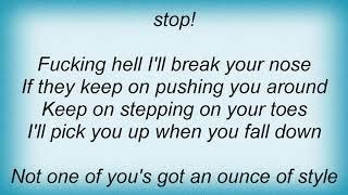 Arctic Monkeys - Stickin' To The Floor Lyrics