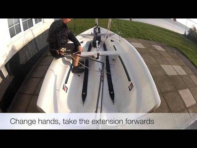 Tack Centre Main - RYA Training - Learn to Sail - Dinghy Sailing Techniques