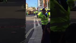 ESCLUSIVA LONDRA - I video dei soccorsi dopo l\'attentato a Parsons Green