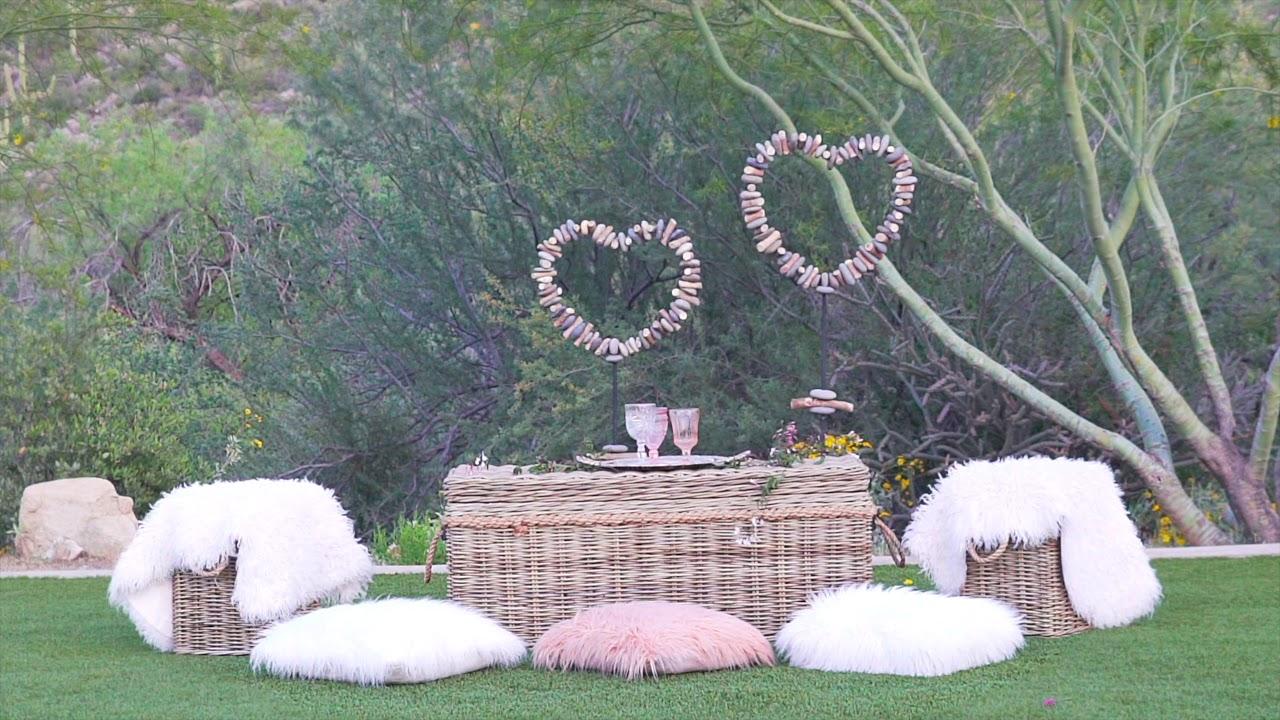 Glamour & Woods in Arizona Weddings Magazine