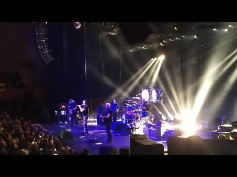 Golden Earring Oosterpoort 27-10-2017 Save your skin
