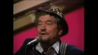 Boxcar Willie -Theres Nothing Like A Good Ol' Country Song