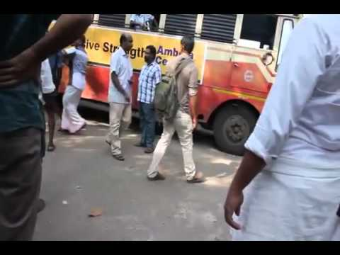 Street Fight for Bus Stop at kerala no 1 fight   YouTube