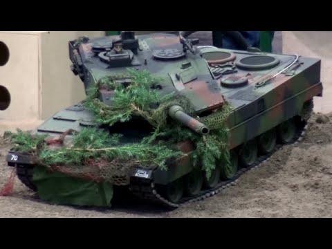 RC Tanks Panzer 1/2 Bundeswehr Leopard 2 Fuchs Dingo ♦ Modellbaumesse Leipzig