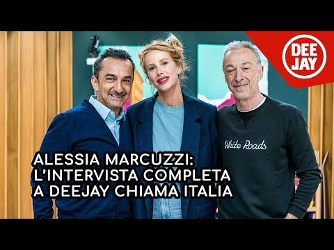 Alessia Marcuzzi Backstage Calendario.Marcuzzi Novyj Trend Smotret Onlajn Na Sajte Trendovi Ru