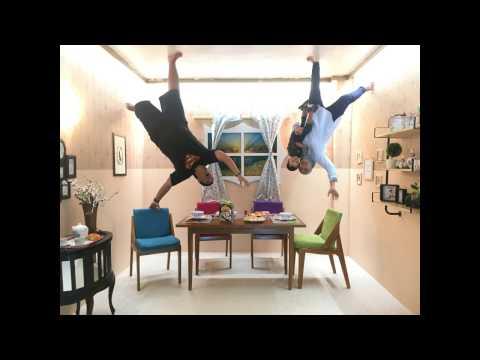 Video Upside Down World - Foto Jungkir Balik di Jogjakarta