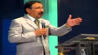 preview picture of video 'Apóstol César Oviedo - El bautismo del amor'