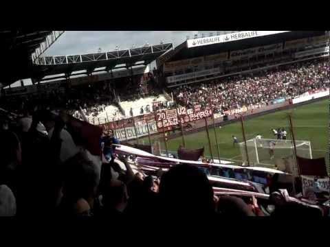 """""""LANUS♫ ♪ Que salen a ganar, Quieren salir Campeon, Que lo llevan adentro como lo llevo YO♫ ♪"""" Barra: La Barra 14 • Club: Lanús"""