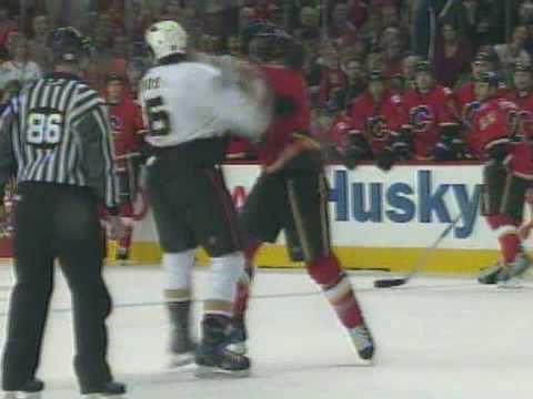 George Parros vs Andre Roy