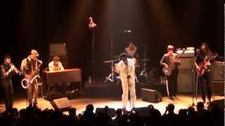 """Charles Bradley and His Extraordinaires """"No Time For Dreamin"""" Live At La Cigale, Paris 2012"""