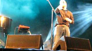 John Grant 'Chicken Bones' (acapella) Live @ Green Man Festival 2010