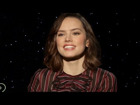Daisy Ridley Talks Becoming A Star Wars Role Model & Famous Overnight